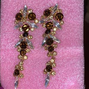 Jewelry - Woman's Earings